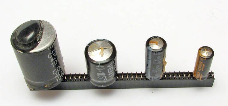 Вышедшие из строя, вздувшиеся электролиты